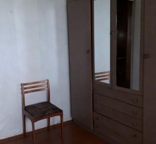 3-комн. квартира, 65 м², 3/3 эт.