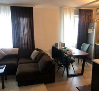 3-комн. квартира, 70 м², 8/9 эт.