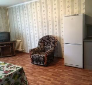 Комната в 8-комн. квартире, 18 м², 1/9 эт.