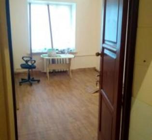 Комната в 3-комн. квартире, 16 м², 1/4 эт.