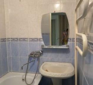 3-комн. квартира, 60 м², 5/5 эт.