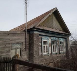 Дом, 900 / 42 м²