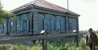Дом, 1000 / 70 м²